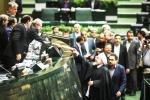 مجلس یازدهم به دست نيروهاي انقلابي افتاد ؛ پايان ماه عسل دولت روحاني