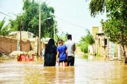 نمايندگان خوزستان جلسه با رئیس جمهور را ترک کردند ؛ پايان بازسازی  مناطق سیل زده دروغ است